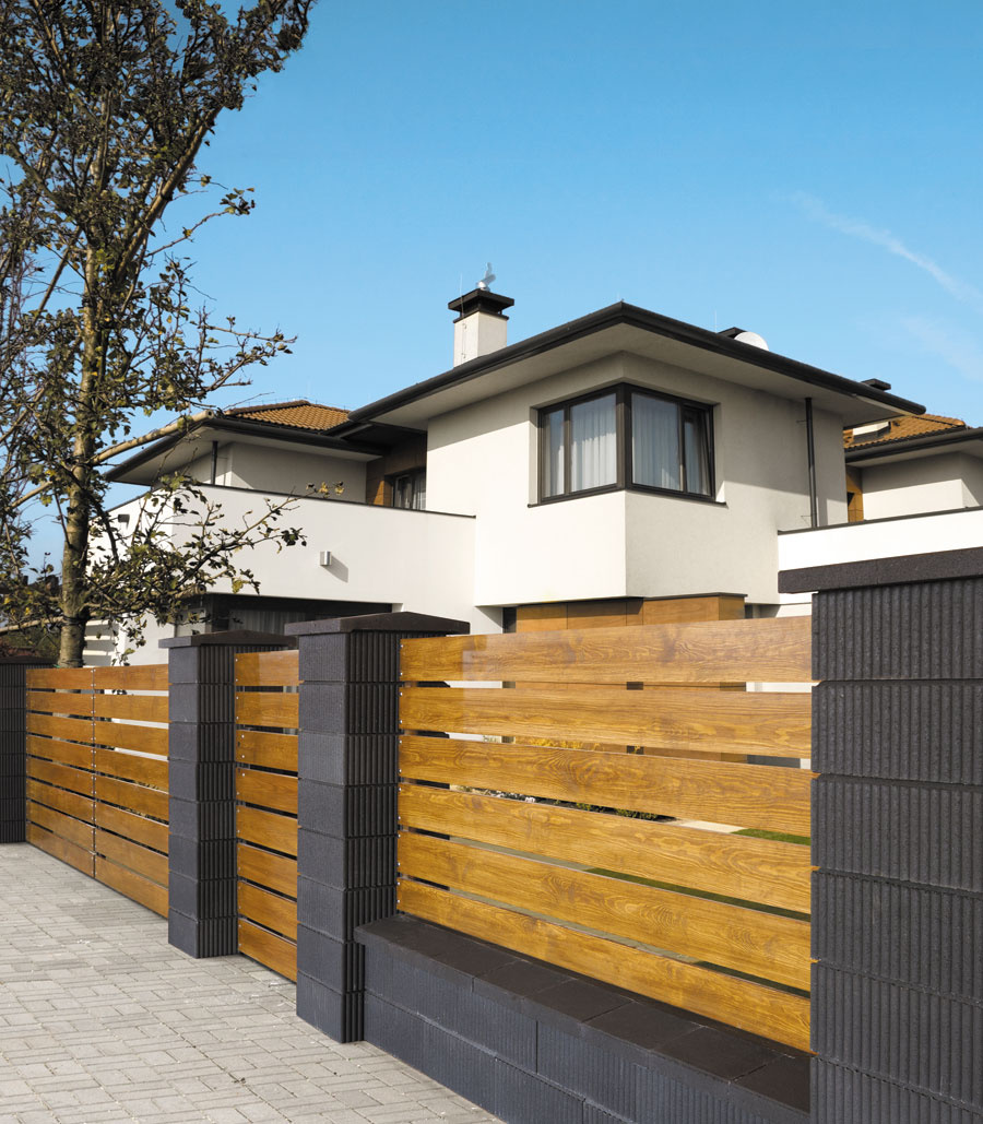 elegant zaunfelder holz einzigartige ideen zum sichtschutz. Black Bedroom Furniture Sets. Home Design Ideas